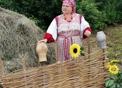 Как бывшая горожанка Таня Гниломедова стала барышней-крестьянкой