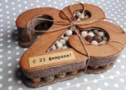 Оригинальная коробочка для подарка на 23 февраля