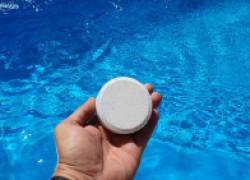 Вреден ли хлор в бассейне