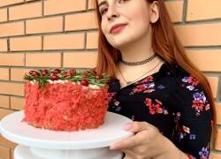 Новогодний торт «красный бархат» с клюквой