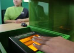 Чем рискуют те, кто сдал свои биометрические данные банку, и те, кто не сдал