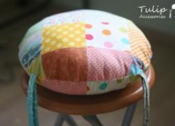 Лоскутная подушка-сидушка