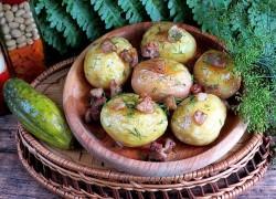 Жареный картофель с салом и чесноком
