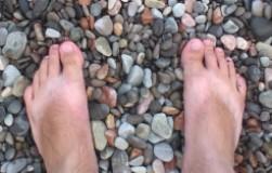 Ходим по камням каждое утро и становимся здоровее