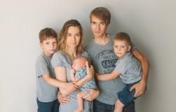 Усыновленные дети вылечили от бесплодия