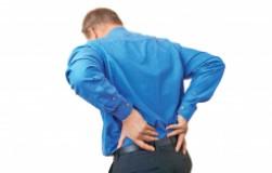 Как помочь себе при резкой боли в спине