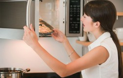 Как выбрать микроволновку
