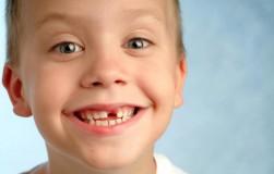 Дети теряют память вместе с зубами