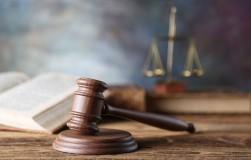 Восемь новых законов 2021 года