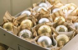 Компактное хранение елочных игрушек