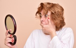 О каких проблемах со здоровьем расскажет лицо