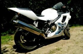 Продаю Honda CBR 600 f4i 2001г.в