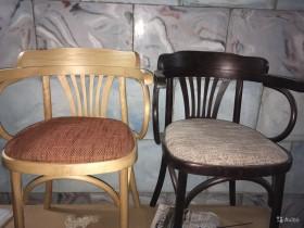 Продаются новые стулья