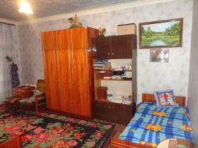 Продам 1-комнатную квартиру в самом центре Кишинева