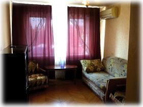 Сдаю 3-х комнатную квартиру в центре Краснодара на длительный срок