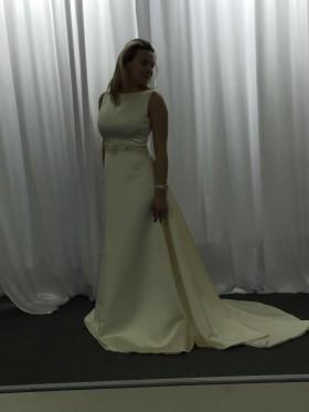 Продаю очень крутое платье