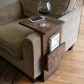 Продам  приставной столик