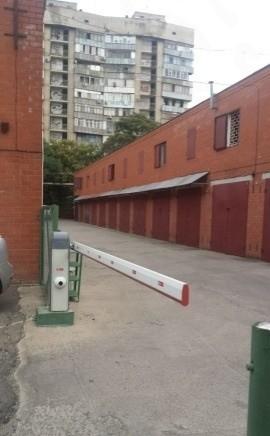 Гараж, > 30 м², Рашпилевская ул, 142