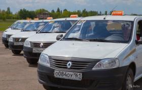 Водитель такси 50/50 на авто компании