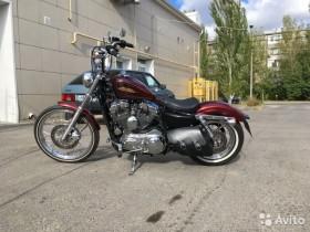Harley Davidson Sportster XL 1200 V Seventy-Two