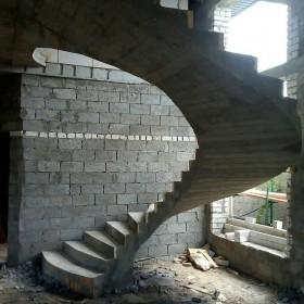 Монолитные и бетонные лестницы