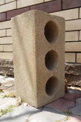 Блоки керамзито-бетонные