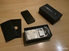 iPhone 5.Две плёнки+4 чехла