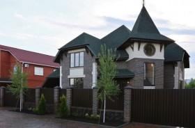 Дом 260 м² на участке 10 сот.