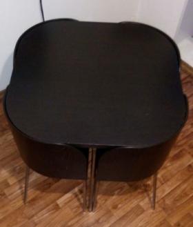 Кухонный стол+ 4 стула