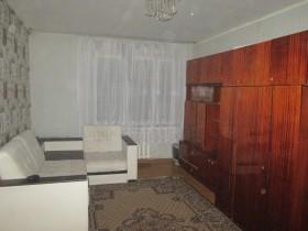 Сдам 2-х комнатную квартиру гостиничного типа,изолированная,в/у.