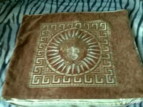 Декоративные чехлы на подушки размер 65-53 на молн