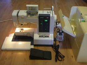 Швейная машинка Juki Flora 550 с адаптером и педалью б/у, Одесса.