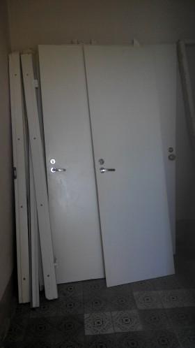 Двери межкомнатные б/у в отличном состоянии