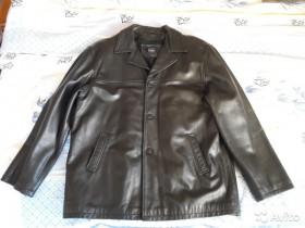 Продаю новую мужскую кожаную куртку