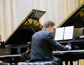 Частные уроки игры на фортепиано