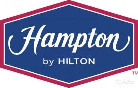 кухонный работник отель Hampton by Hilton