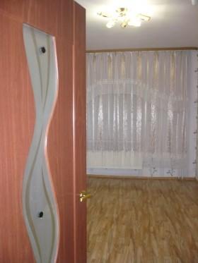 Сдаю  1 комн квартиру на СХИ