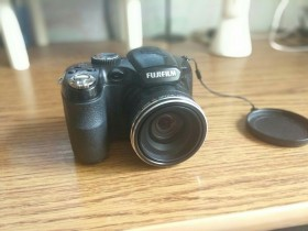 Продам Фотоаппарат fujifilm finepix s2500HD
