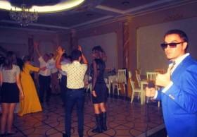 Музыкант - живой вокал на свадьбу юбилей