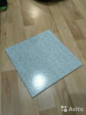 Керамическая плитка для пола+плиточный клей