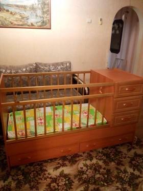 продается детская кровать-трансформер