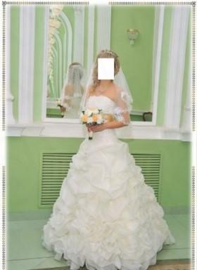 Свадебное платье (цвет айвори)