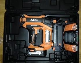 Гвоздезабивной пистолет AEG