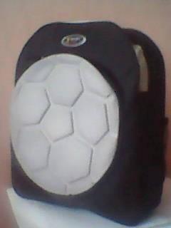 Рюкзак для мальчика  (новый) с рисунком Футбольный мяч