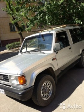 Isuzu Trooper, 1990