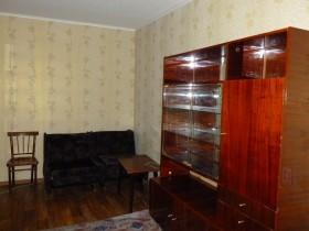 Сдается 2-х комнатная квартира на длительный срок