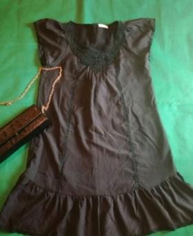 Черное легкое платье, очень стильное