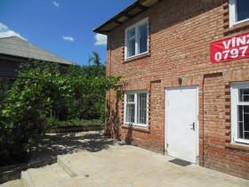 Дом двухэтажный в Скиносах на участке 8 соток