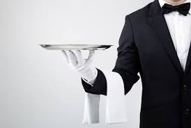 Требуется официант