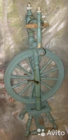 Прялка старинная ножная с колесом Раритет интерьер